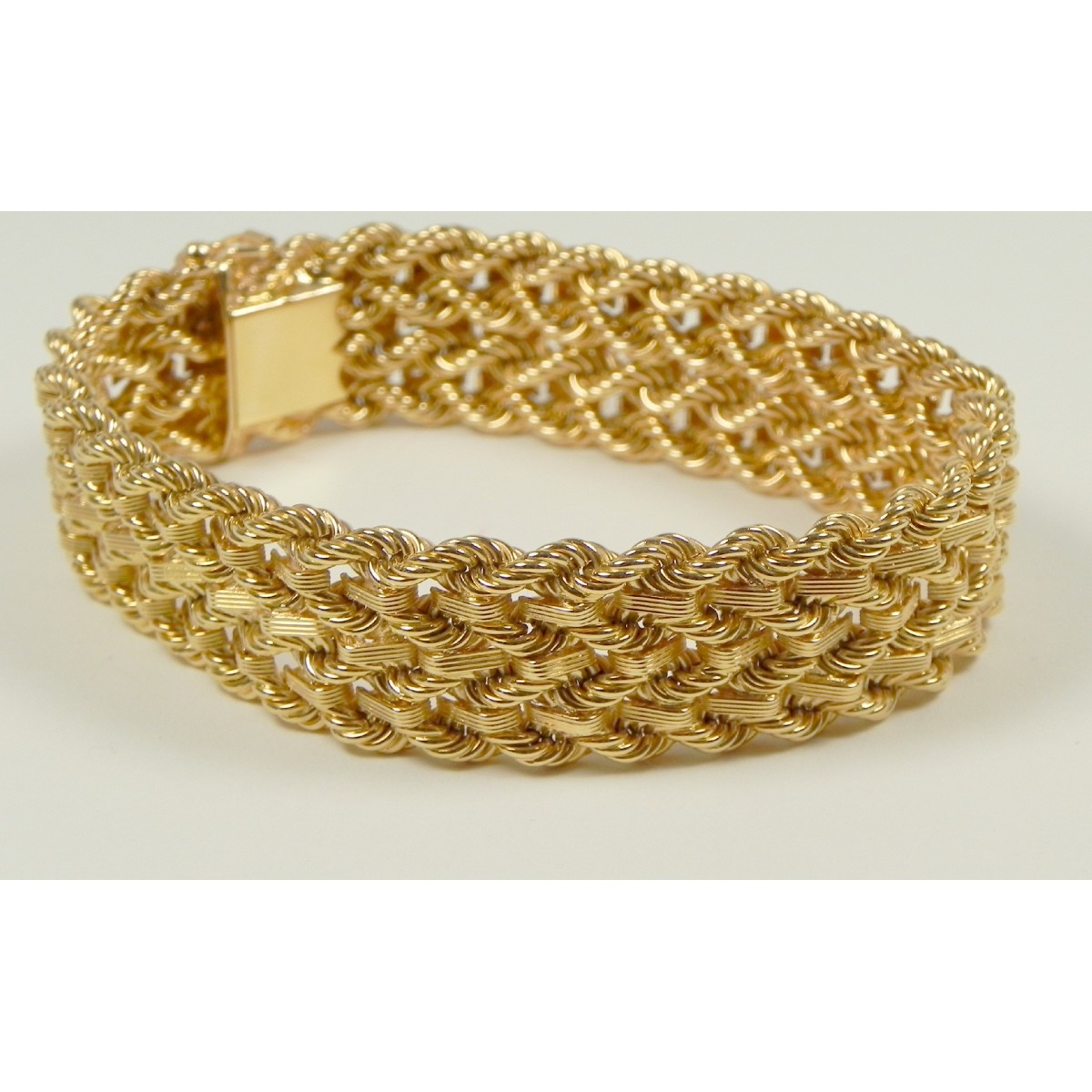 Magnifique bracelet en or rose