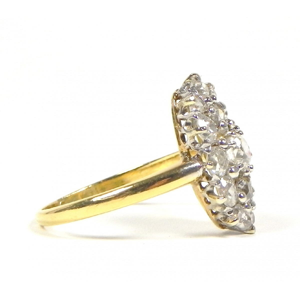 Superbe marquise ancienne en or jaune 750 et diamants muse or for Marquise ancienne