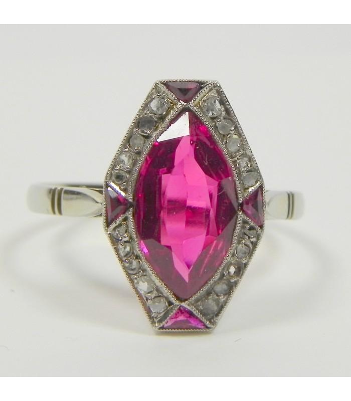 Bague 1930 platine, or, diamants et corindon