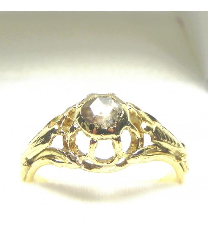 Bague XIXème or jaune et diamant taille rose