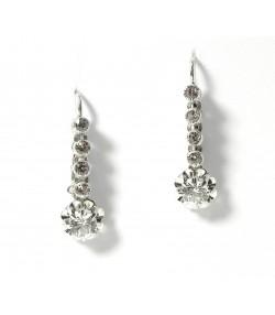 Pendants d'oreilles or blanc 750 et pierres imitant le diamant