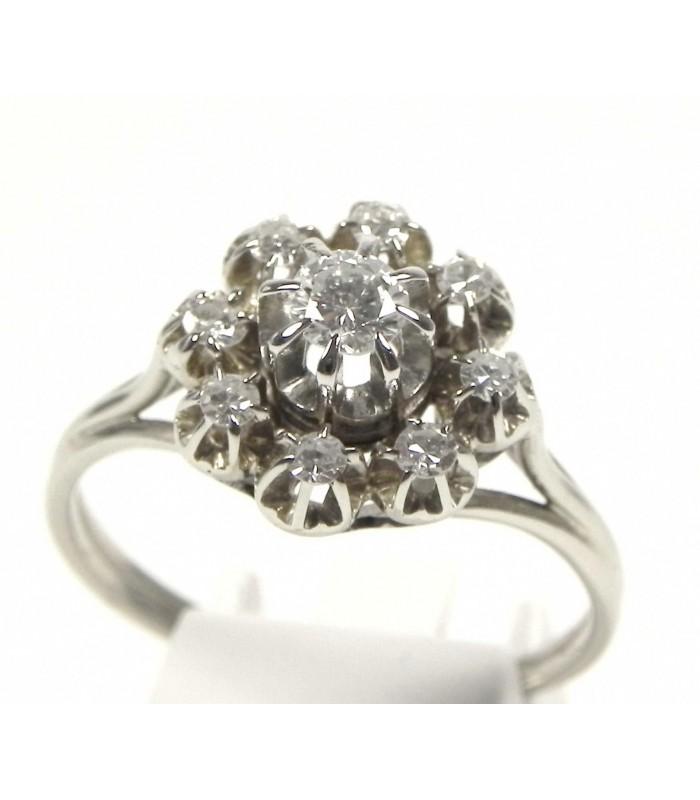 Magnifique bague or gris et diamants