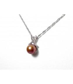 """""""Elegance d'Orient"""" pendentif lien diamants, perle de couleur, or blanc 750°°/°°"""