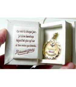 """"""" DECLARATION"""" Dans son coffret-livre, médaille d'amour OR et rubis"""