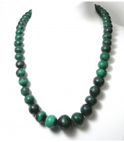 """MALACHE"" Important collier ancien en boules de malachite"