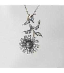 """""""PAQUERETTE AUX DIAMANTS"""" Pendentif XIXème argent sur or diamants et perle"""